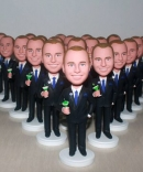 Bulk order custom bobblehead for 1 person