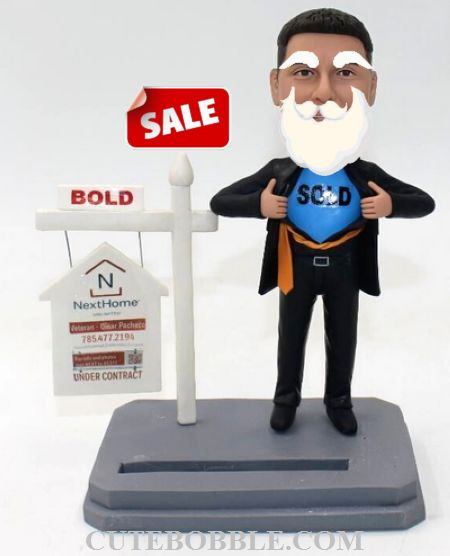 Custom bobbleheads-Christmas gift for realtor