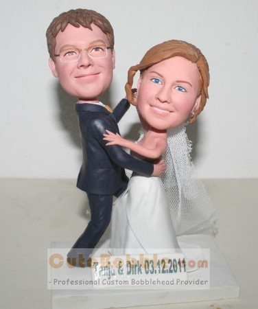 Wedding Bobbleheads - Dancing Cake Topper